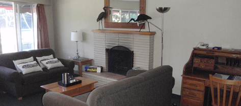 Nanaimo Deluxe Seaview Fireplace Suite